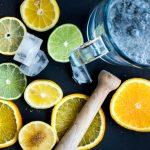 acqua e limone al mattino per iniziare